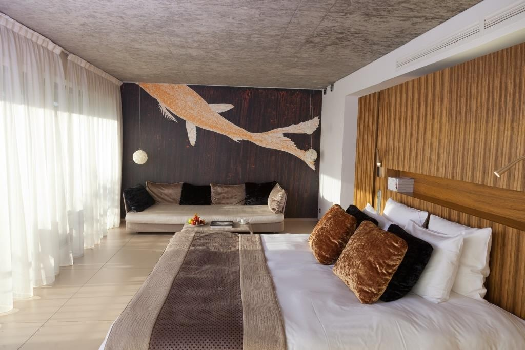 Chambre 23 French Riviera Luxury Hotel Thierry Bisch Animal Painter