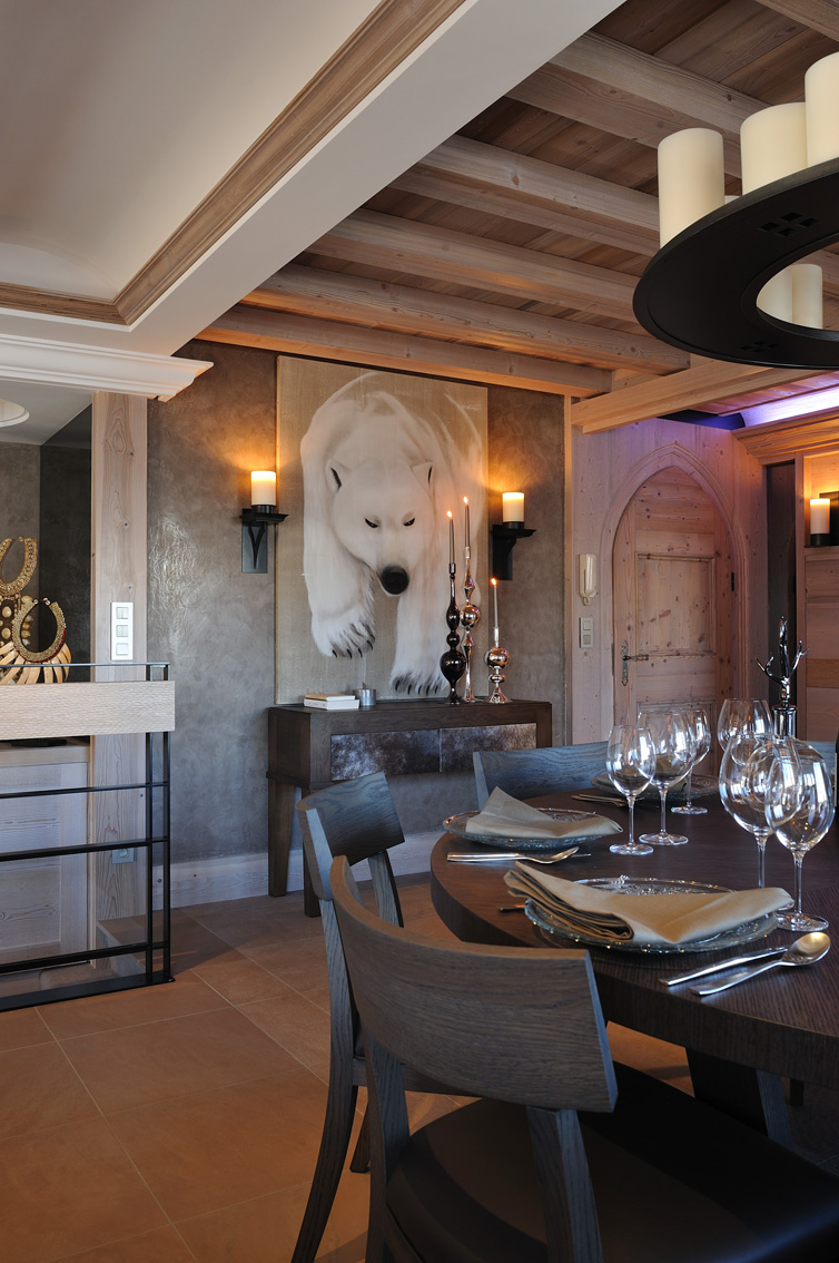 Chalet Megève 2 divers Thierry Bisch painter animals painting art decoration hotel design interior luxury nature biodiversity conservation