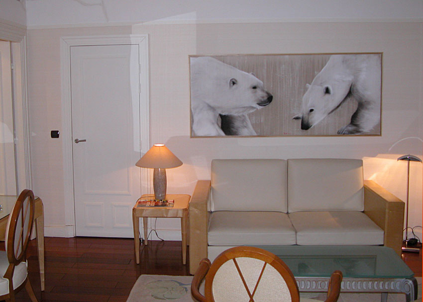 Hotel Lutetia Paris - Suite Polaire polar-bear Thierry Bisch painter animals painting art decoration hotel design interior luxury nature biodiversity conservation