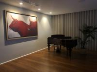 2redbulls Red-bull Thierry Bisch painter animals painting art decoration hotel design interior luxury nature biodiversity conservation