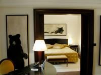 Suite aux ours HOTEL LUTETIA PARIS hotel-lutetia-paris-france-luxury-french- Thierry Bisch painter animals painting art decoration hotel design interior luxury nature biodiversity conservation